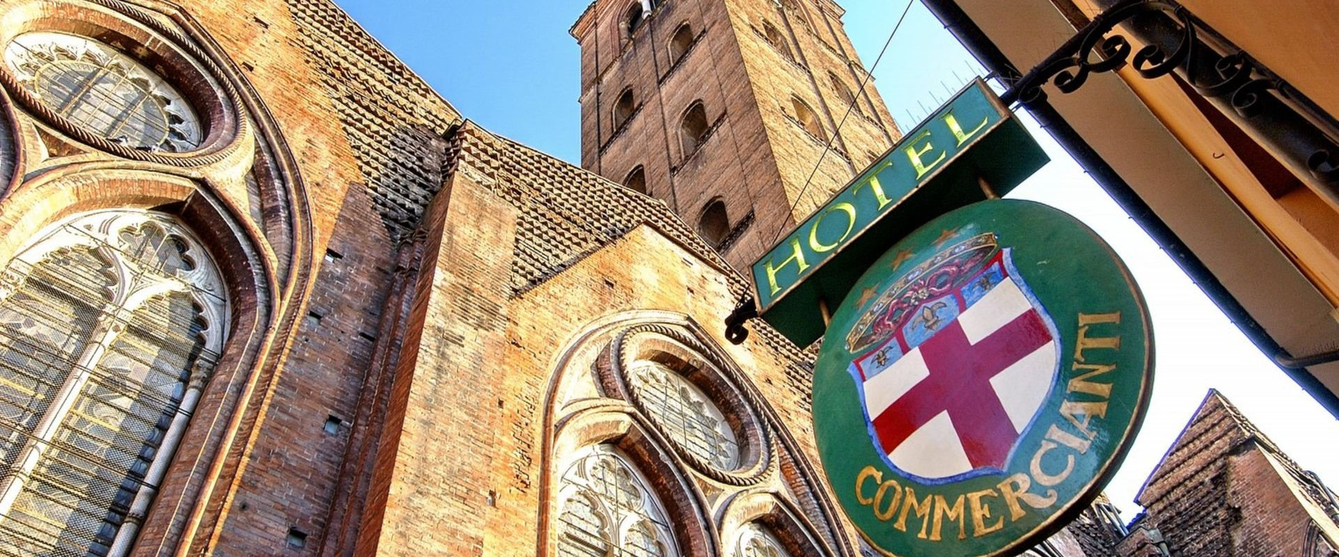 The charm of a historic building  art hotel commercianti bologna